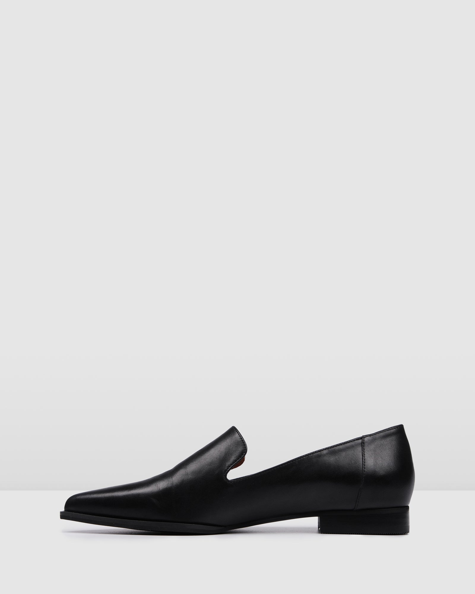 ETERNITY CASUAL FLATS BLACK LEATHER