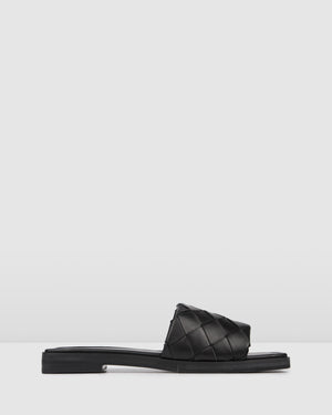 INSTA FLAT SLIDES BLACK LEATHER