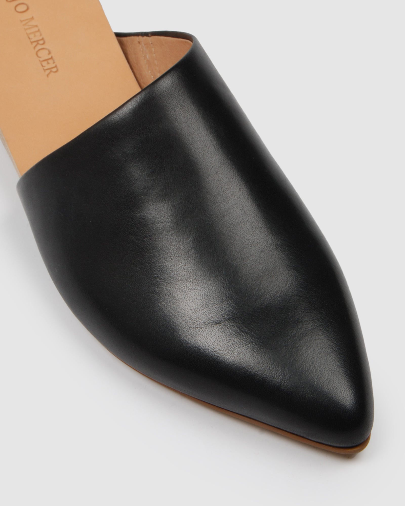 LUELLA CASUAL FLATS BLACK LEATHER