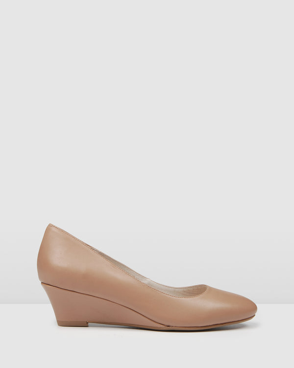ORIANA LOW HEEL WEDGES LIGHT BEIGE LEATHER