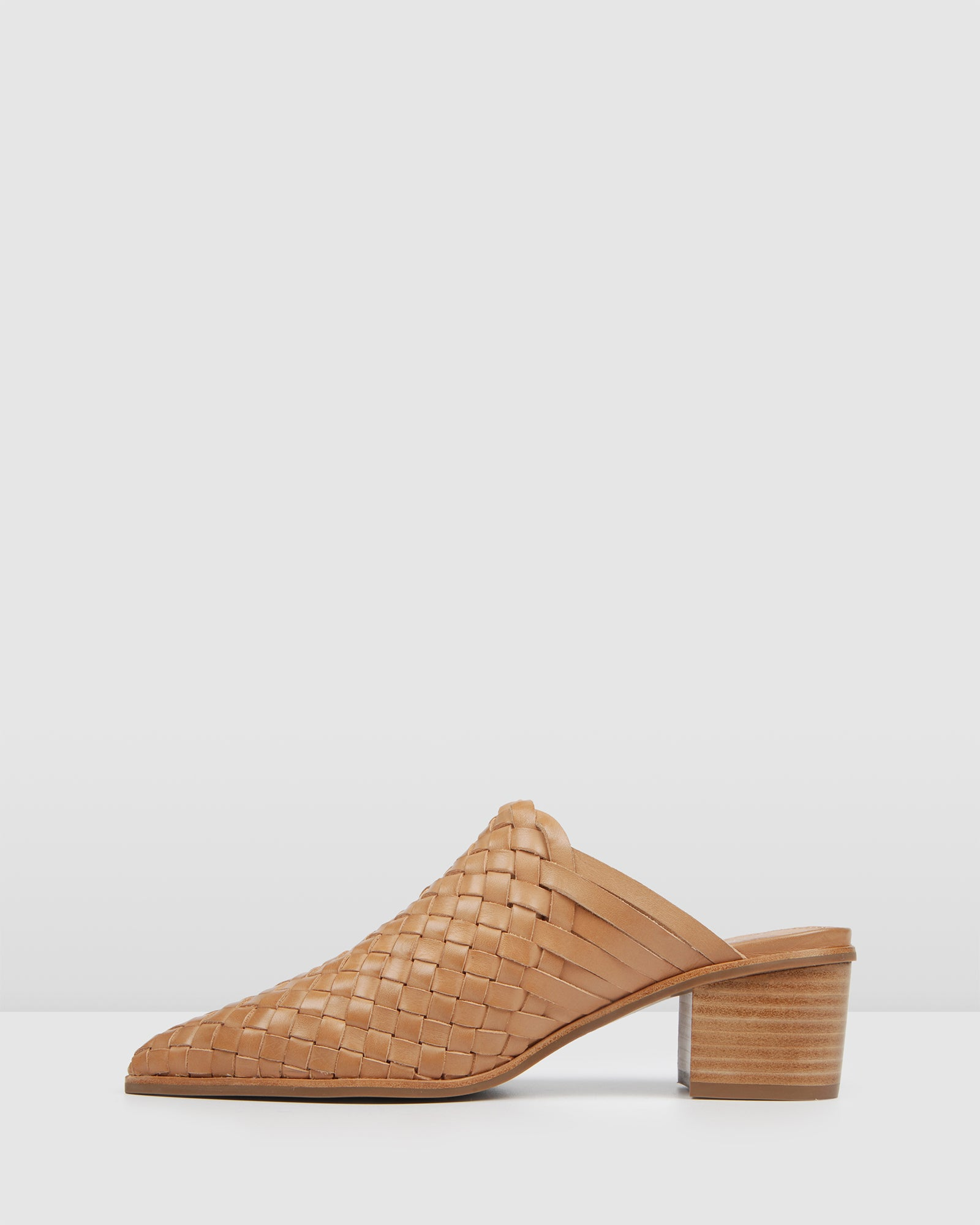 SARGO LOW HEELS TAN LEATHER