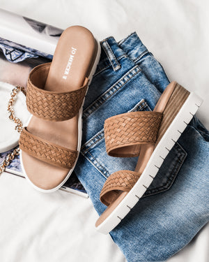 LORI LOW SLIDES TAN WOVEN