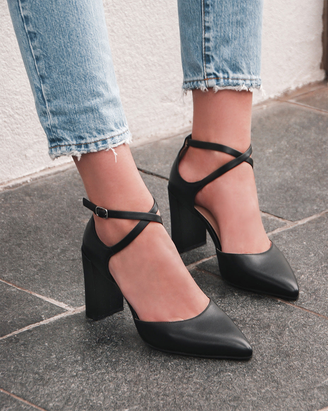 GASP HIGH HEELS BLACK LEATHER