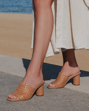 SHYLA MID HEEL SANDALS TAN LEATHER