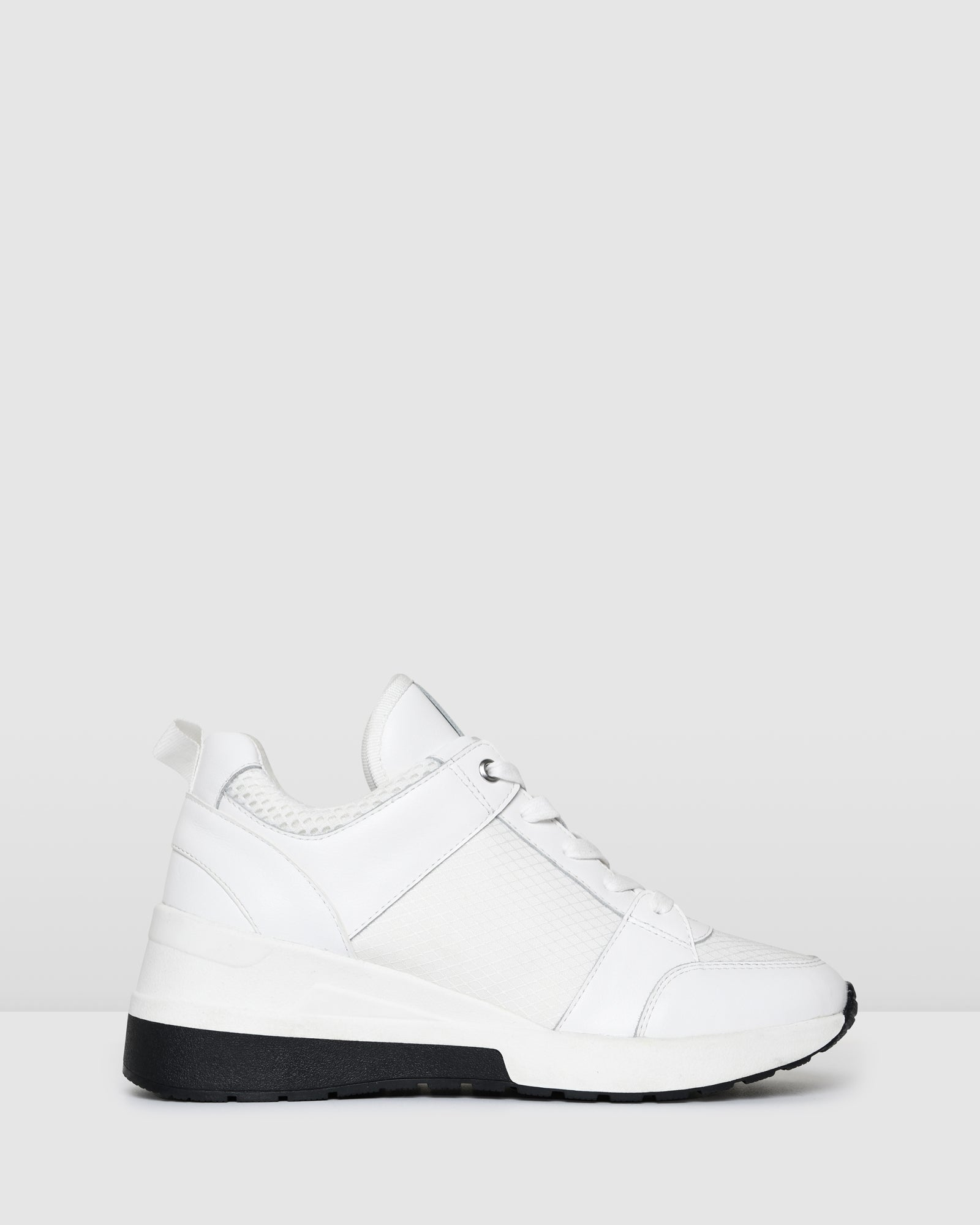 UPROAR SNEAKERS WHITE LEATHER