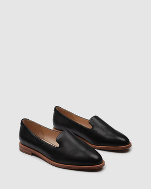 WARRIOR CASUAL FLATS BLACK LEATHER