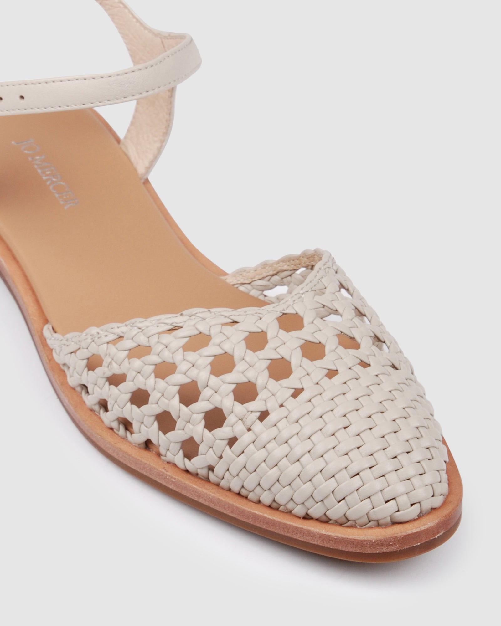 WEMBLEY CASUAL FLATS BONE LEATHER