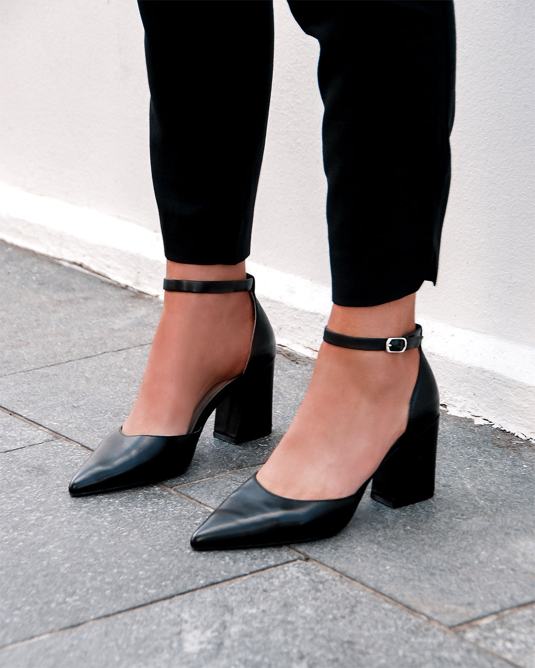 PHOEBE MID HEELS BLACK LEATHER