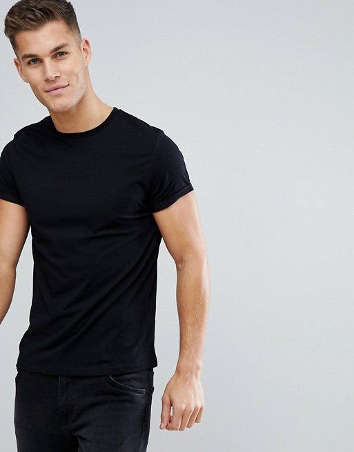t-shirt with crew neck and roll sleeve in black