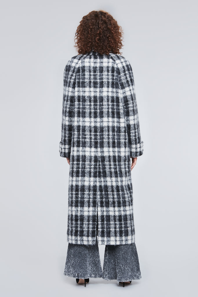 LONG BLACK WHITE CHECKERED COAT