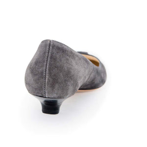 2 Bow Low Court - Grey Suede