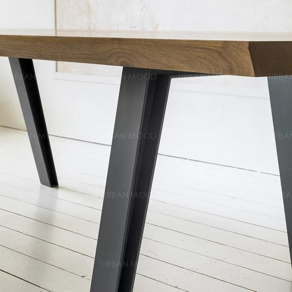 DEVILLE Contemporary solid wood dining office table