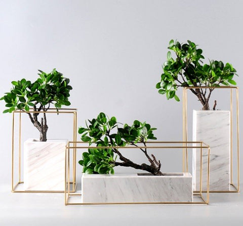 DIANA Faux Marble Wireframe Planter