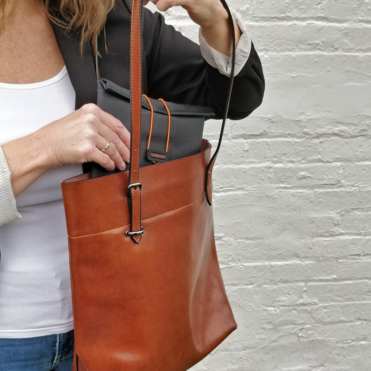 GoDark bags are privacy on the go
