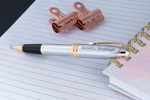 Bailey Medalist Rollerball propped on a notebook