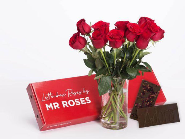 red roses with chocolate