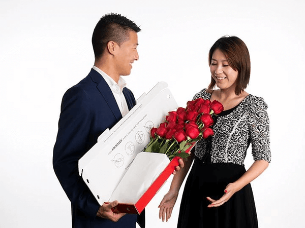 qixi_classic_12_Red_Roses_Gift_Box