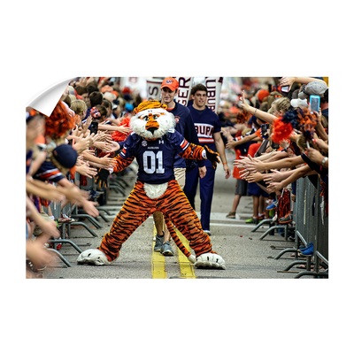 Auburn Tigers - Aubie at the Tiger Walk #Decal#Wall Decal