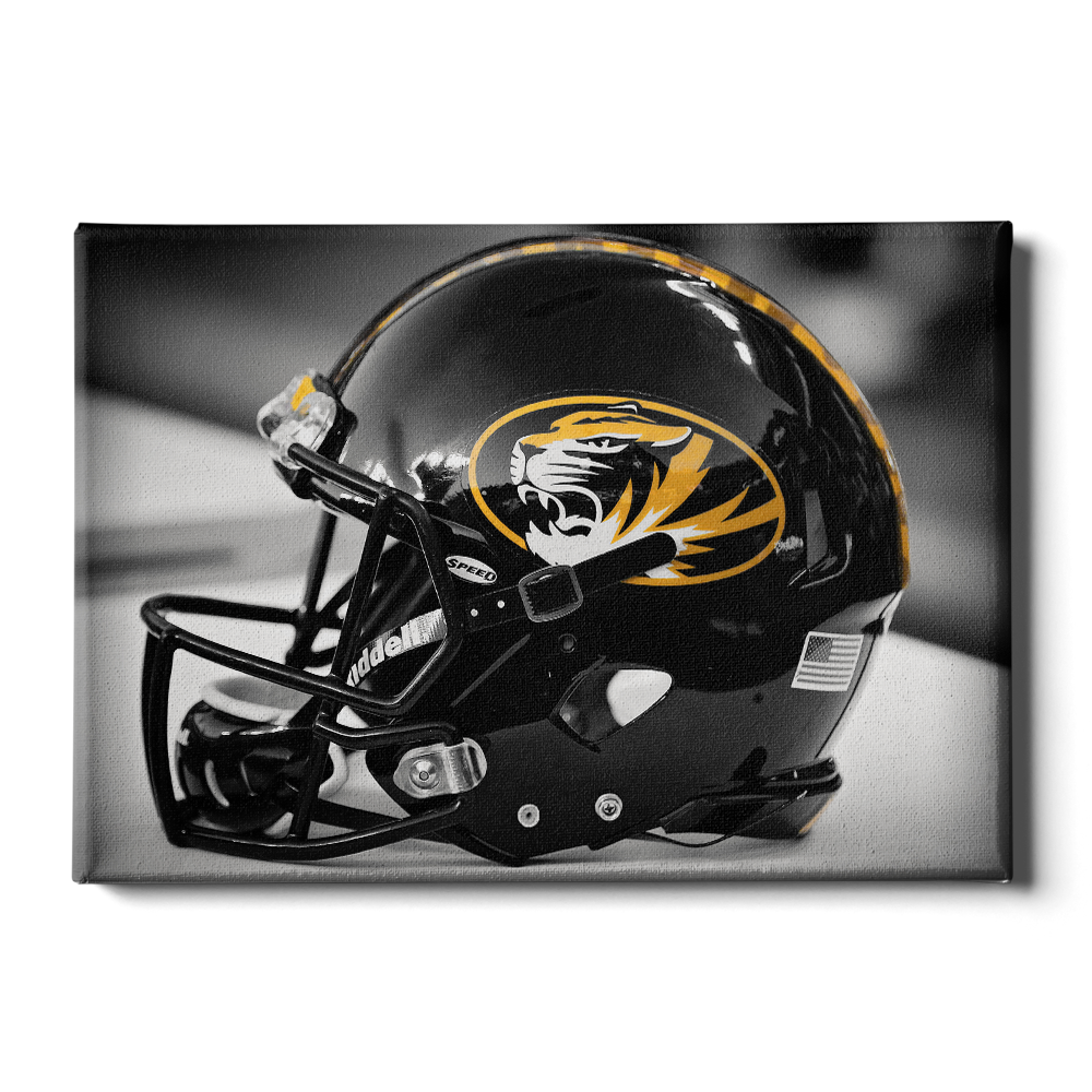 Missouri Tigers - Tiger Helmet - College Wall Art #Canvas