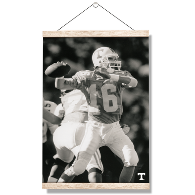 Tennessee Volunteers - Vintage Peyton Manning 2 - College Wall Art #Hanging Canvas