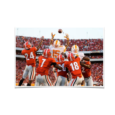 Tennessee Volunteers - The Catch TN vs. GA - College Wall Art #Poster