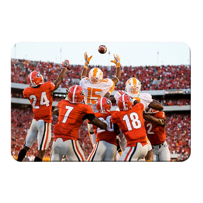 Tennessee Volunteers - The Catch TN vs. GA - College Wall Art #PVC