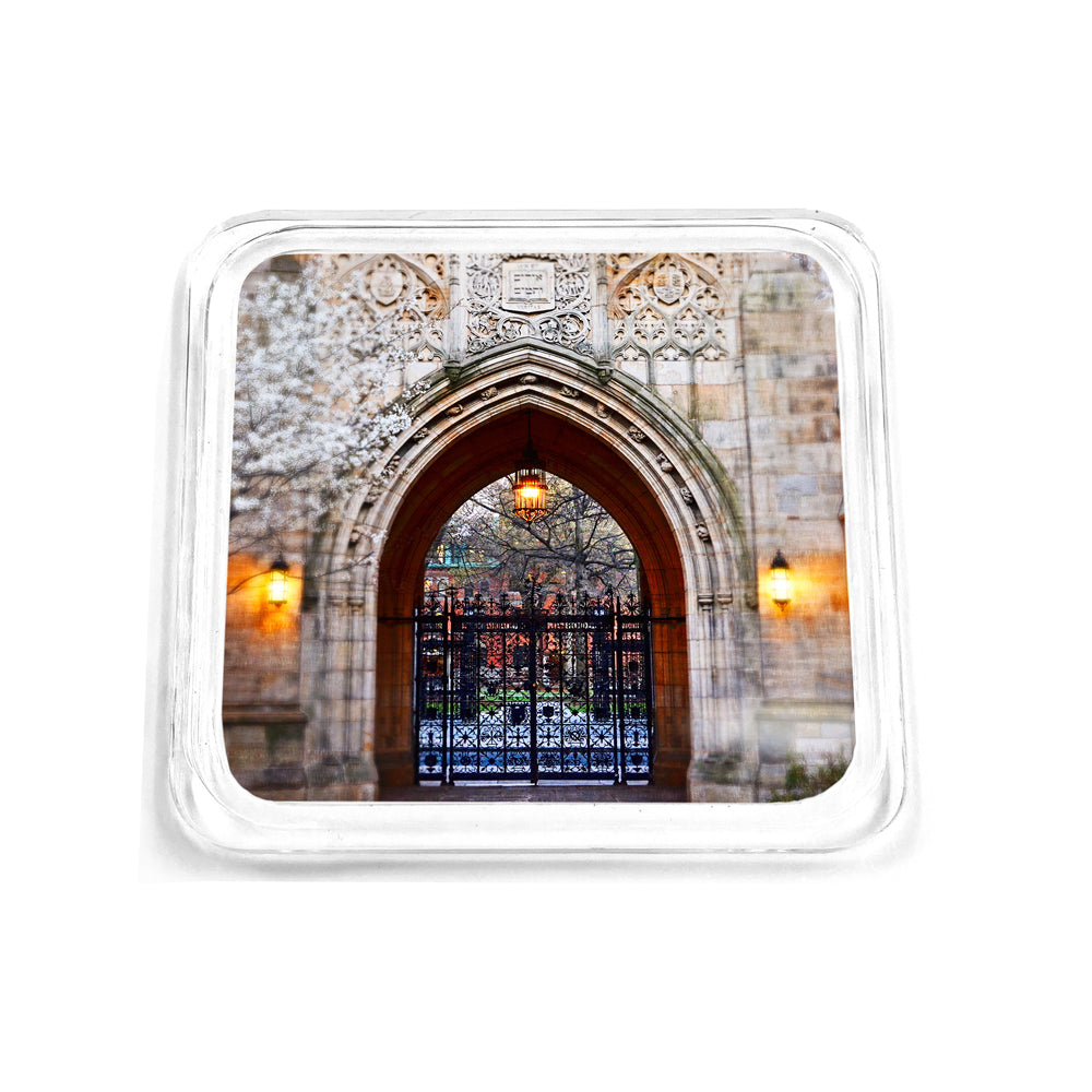 Yale Bulldogs - Harkness Memorial Gate Drink Coaster