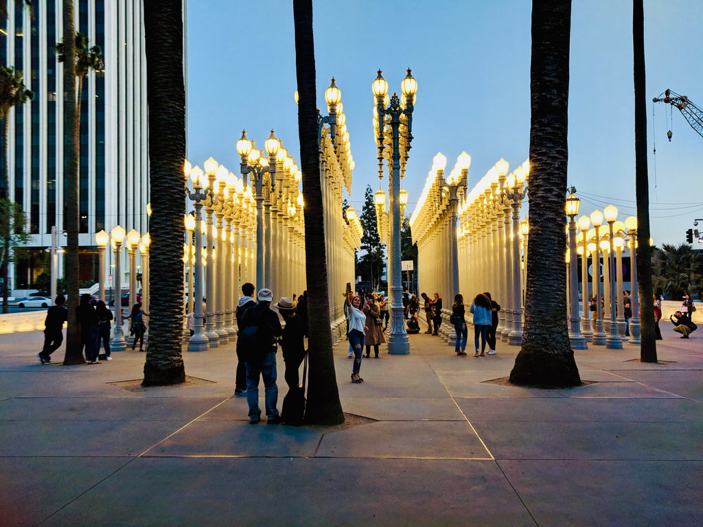 LACMA-Instalation art-Urban Light-Chris_Burden