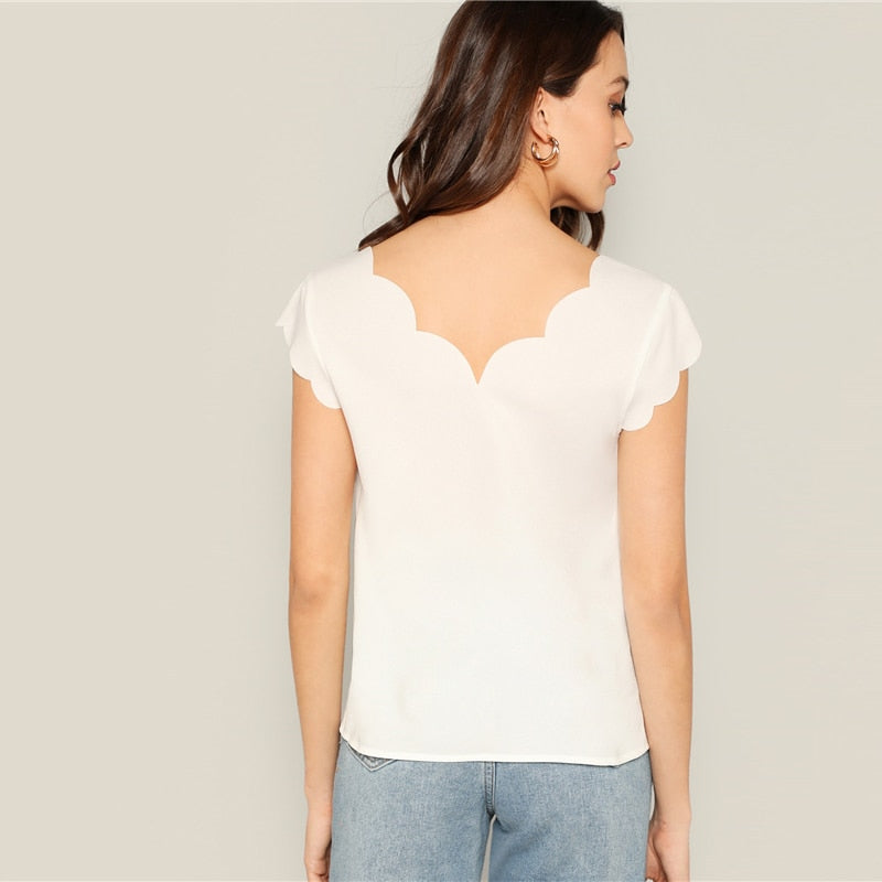 Sarah Scalloped Trim Fitted Sleeveless Blouse - Lynne & Trends