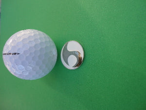 White with Unique Chrome Design Ball Marker golf ball pic