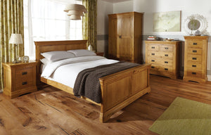 Why oak is the best for furniture?