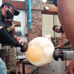 If you can´t blow glass blow it big !