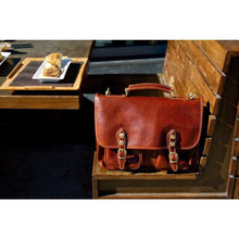 Load image into Gallery viewer, Poste Leather Messenger
