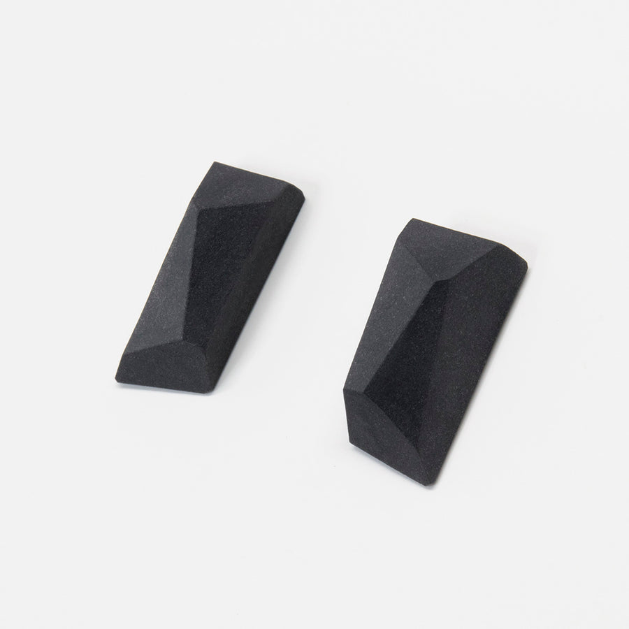 Faceted Black Blocks
