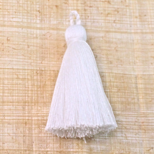 Cotton tassel - white