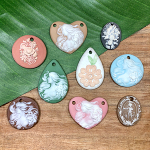 Porcelain Cameo Pendants - 1 Pieces