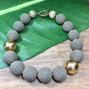 Matte Gray Speckled Gold Beaded Bead Necklace