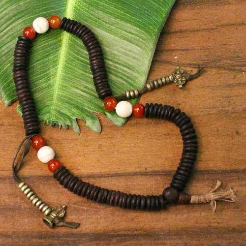 coconut & conch mala