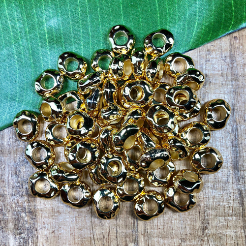 bright gold resin beads