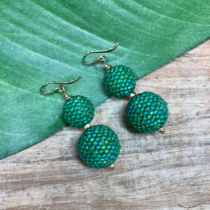 Emerald Green Beaded Bead Earrings