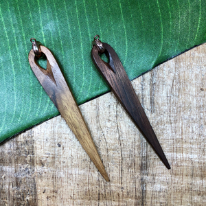 wood spikes - brown and dark brown