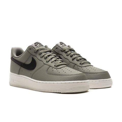 products/nike-mens-air-force-1-07-2.jpg