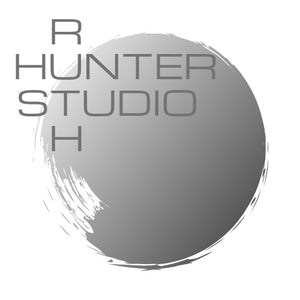 Ruth Hunter Studio logo | grey tone brush stroke