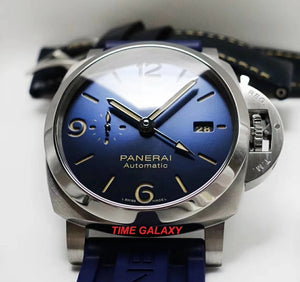 Panerai PAM1033 made of stainless steel, sapphire glass, 300m water resistance