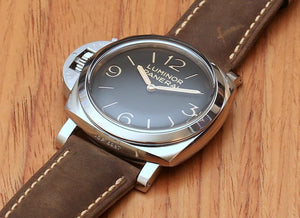 Panerai PAM557 for left handed wrist, black dial, night indicator