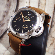 Load image into Gallery viewer, Panerai PAM00423 P.3002 calibre, 72h power reserve with indicator