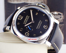 Load image into Gallery viewer, Panerai PAM1359 black dial, date display, night indicator