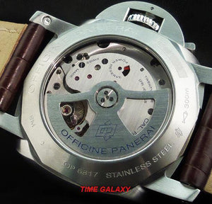 Panerai PAM00320 powered by caliber P.9001, 72h power reserve