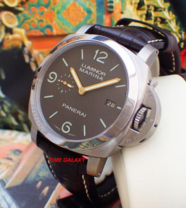 Panerai PAM351 made of Titanium and sapphire glass
