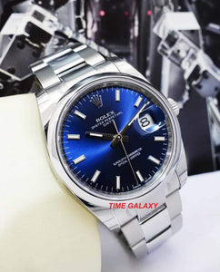 Rolex 115200-0007 equipped with calibre 3135, features blue dial